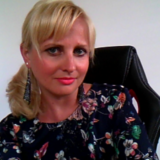 krystyna ukraine blogger